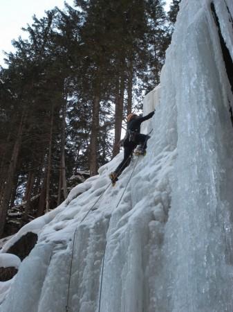 Vertical Frontiers - Ubungensfall - Austrian Ice climbing