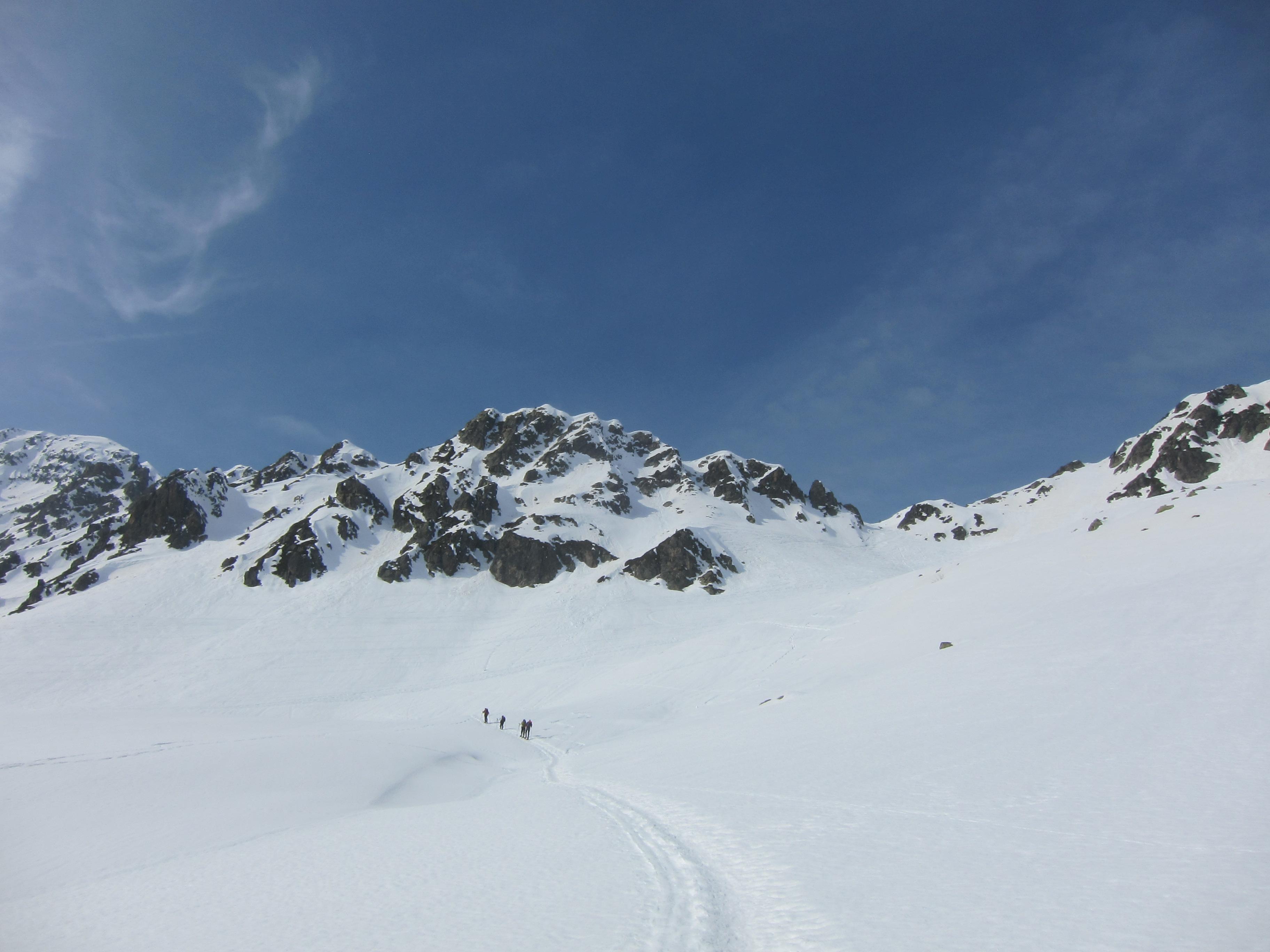 Approaching the Col de la Fenetre