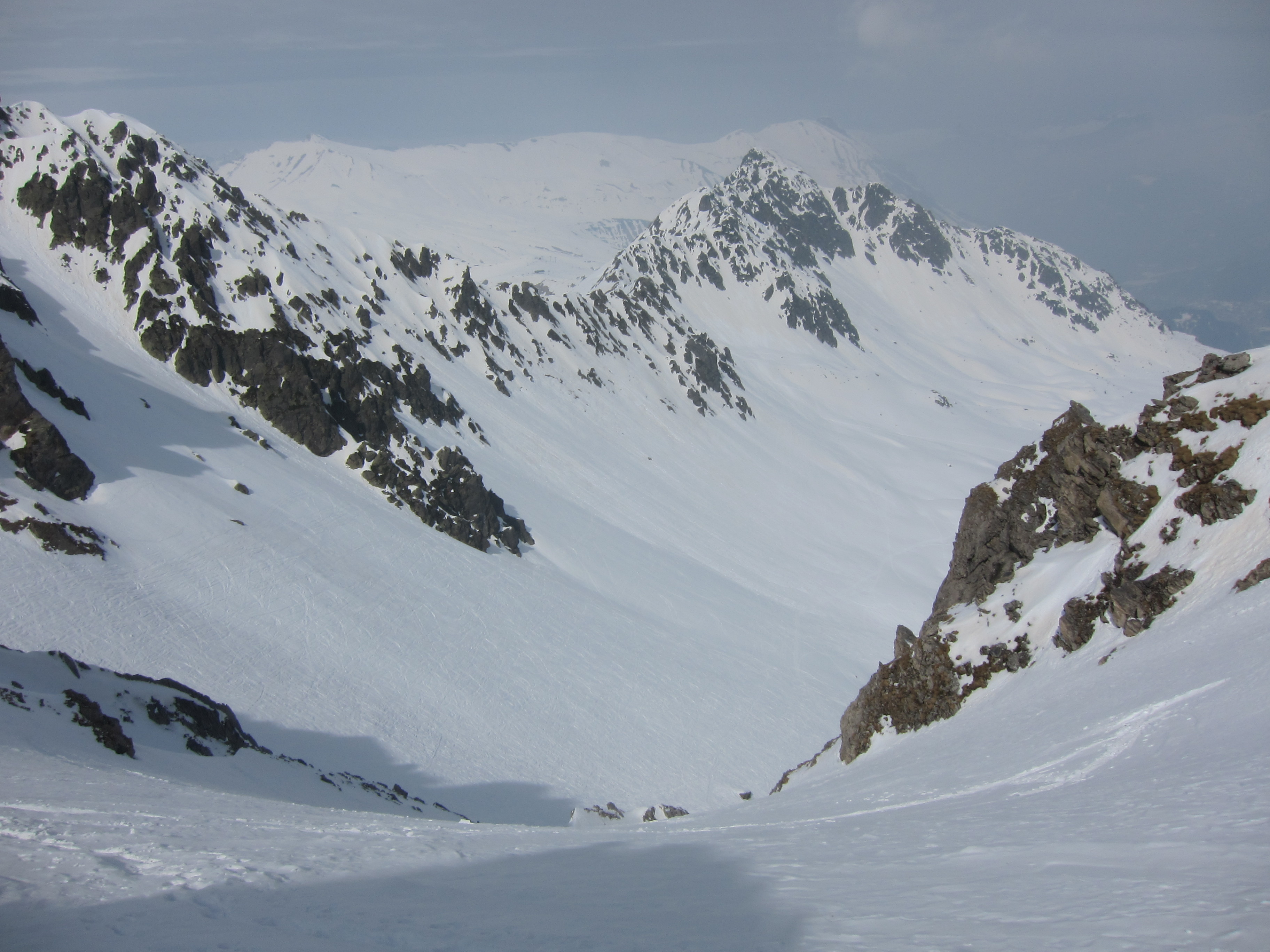 I picked a quiet slope to ski, some grippy hard snow about.