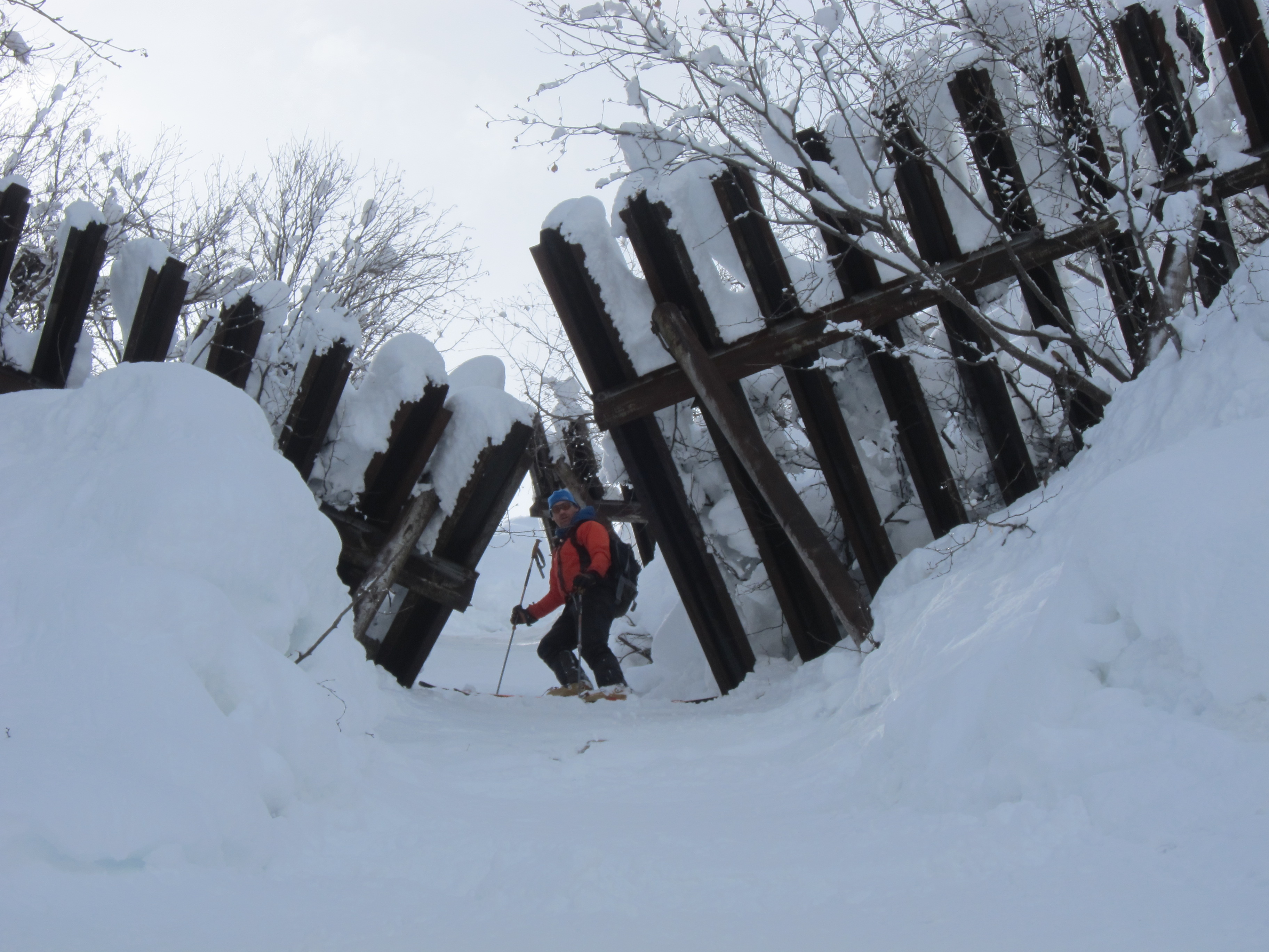 Avalanche Barriers on Couloir Philipe