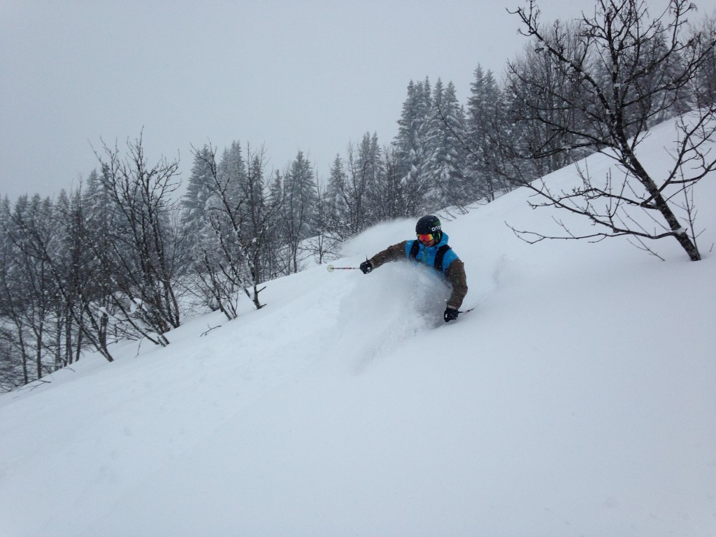 Dustin getting some deep turns in - Combloux