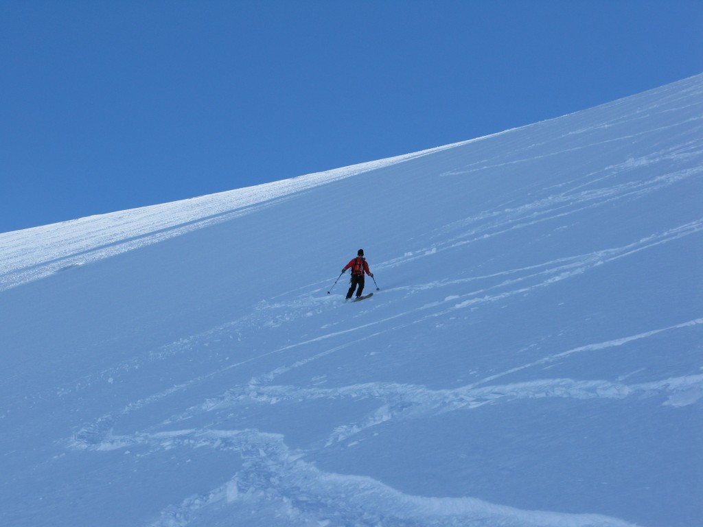 Skiing the first section of the Armancette Glacier